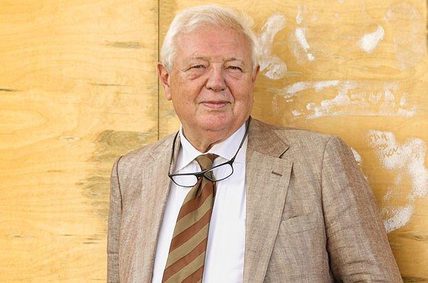 Profesör İlter Turan