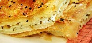 En lezzetli börek tarifleri... Hızlıca yapabileceğiniz 3 farklı börek çeşidi...