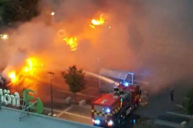 İsveç'in Göteborg kentinde 80 araç yakıldı