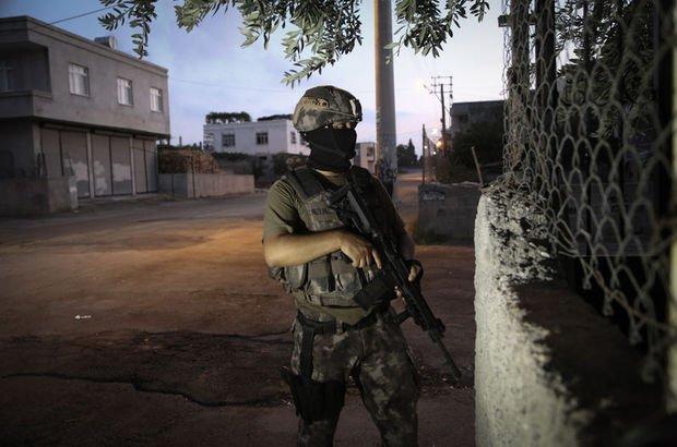 Adana'da terör operasyonu! 10 şüpheli gözaltında