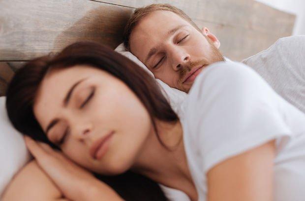 Çok uyuyanlar daha sinirli oluyor!