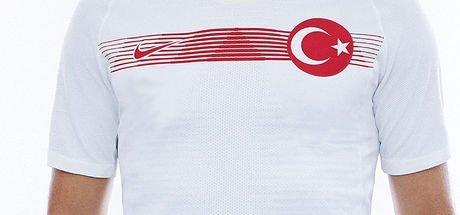 Fenerbahçe, milli yıldız için resmi teklifi yaptı!