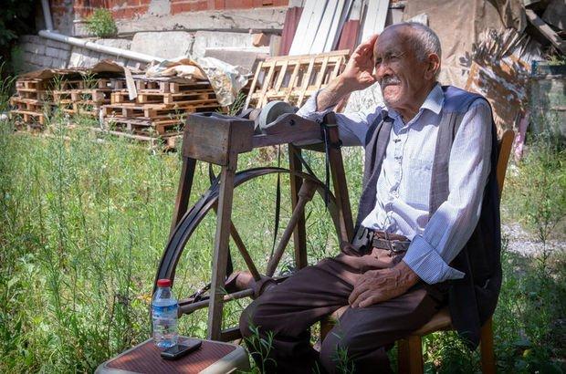 Yarım asırlık çarkçı! 82 yaşında sokak sokak dolaşıyor