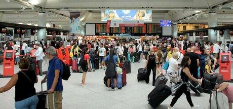 Atatürk Havalimanı'nda Kurban Bayramı tatili yoğunluğu