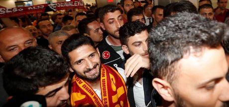 SON DAKİKA! Galatasaray'ın yeni yıldızı İstanbul'da