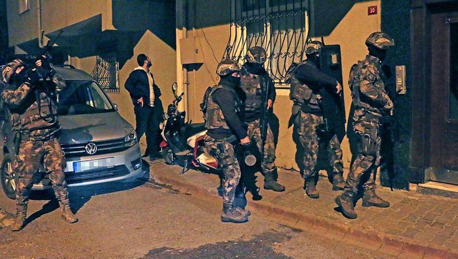 İstanbul merkezli terör örgütü PKK operasyonu: Çok sayıda gözaltı var