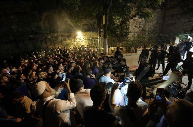 """FKÖ'den """"İsrail'in Mescid-i Aksa'ya yönelik saldırılarını durdurun"""" çağrısı"""