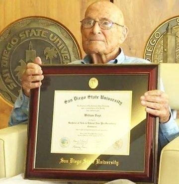 Üniversite diplomasını 105 yaşında aldı