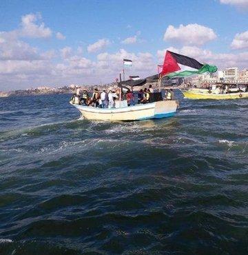 Filistinlilerin kayık eylemine İsrail'den sınır kapısı kapatma
