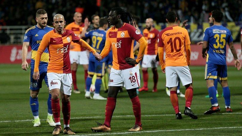 Gomis ve Feghouli yine yedek! (Galatasaray haberleri)