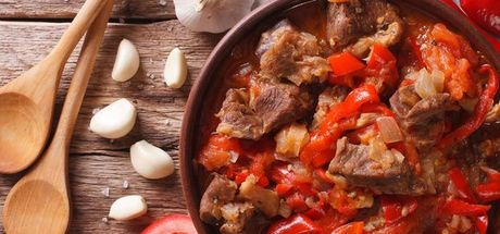 Türkiye Gıda ve Beslenme Derneği Başkanı Prof. Dr. Funda Elmacıoğlu: Eti sebze ile tüketin