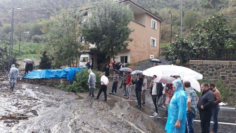 Trabzonda sağanak, su baskınlarına sebep oldu