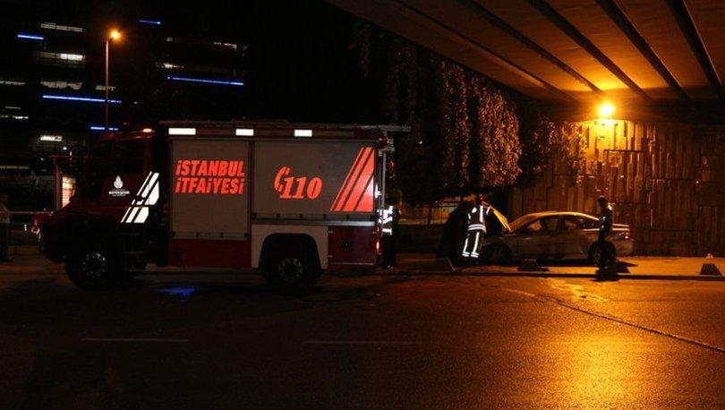 Beyoğlu'nda 4 kişinin yaralandığı kaza saniye saniye kameraya yansıdı