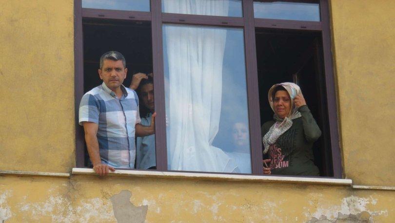 Ümraniye'de bir binada çıkan yangında mahsur kalanlar böyle kurtarıldı