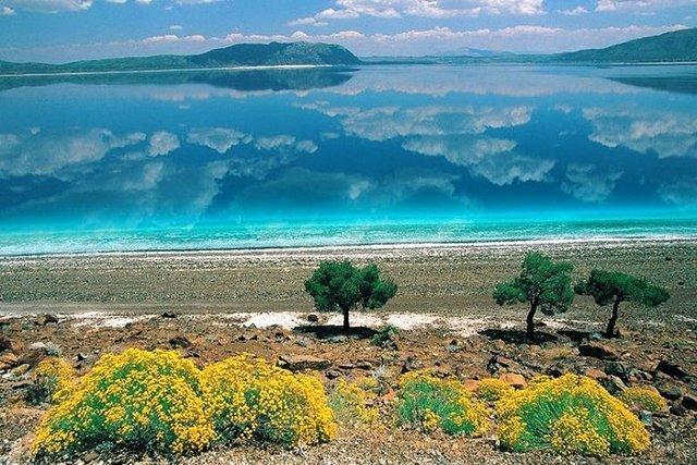 Türkiye'nin Maldivleri denilen Salda Gölü'ne ziyaretçi akını