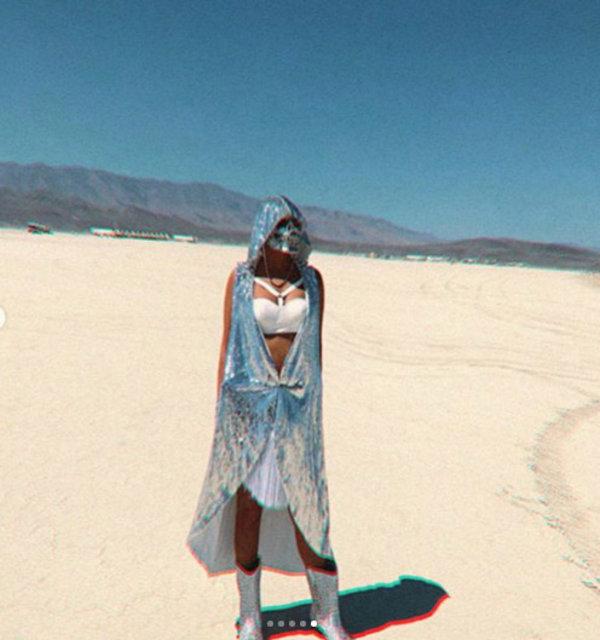 Süreyya Yalçın'ın pırlanta kaplı iskelet maskesi