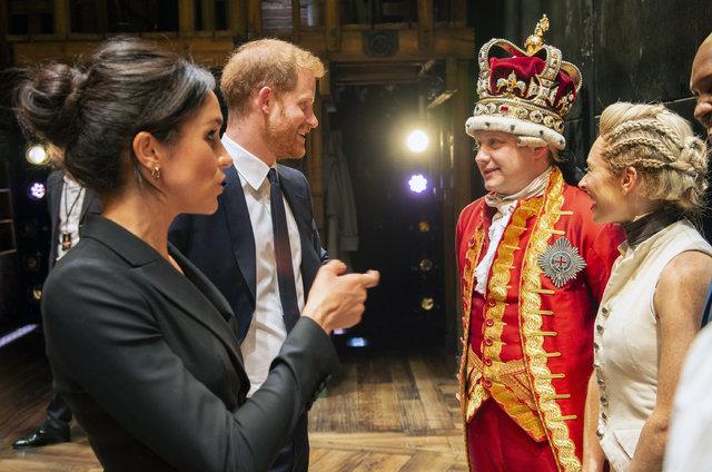 Sussex Düşesi Meghan Markle Kraliyet kurallarını mı yıktı?