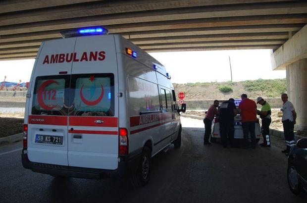 Otomobilin çarptığı motosiklette bulunan karı koca yaralandı