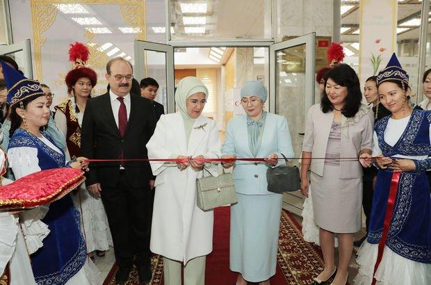 Emine Erdoğan, Cengiz Aytmatov Kültür Merkezini açtı