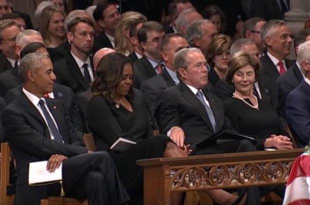 George W. Bush, Michelle Obama'ya ne verdi?