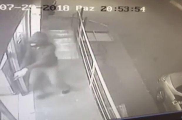 Silahlı market soyguncuları yakalandı