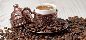 Köpüklü Türk kahvesi nasıl yapılır? Orta, şekerli Türk kahvesi püf noktaları hts