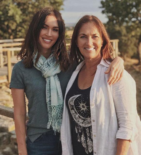 Dünyaca ünlü yıldız Megan Fox'tan 'Troya' paylaşımı ...