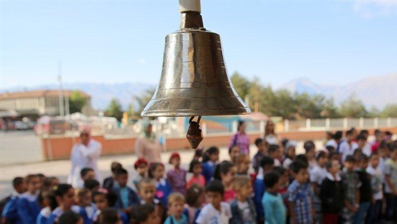 Okullar ne zaman açılacak? 2018 - 2019 dönemi MEB takvimi belli oldu! İşte okulların açılacağı tarih...