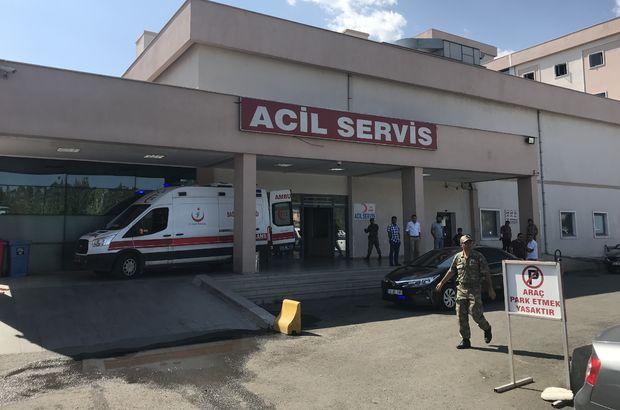 Iğdır'da yola döşenen patlayıcı infilak etti: 4 asker yaralı