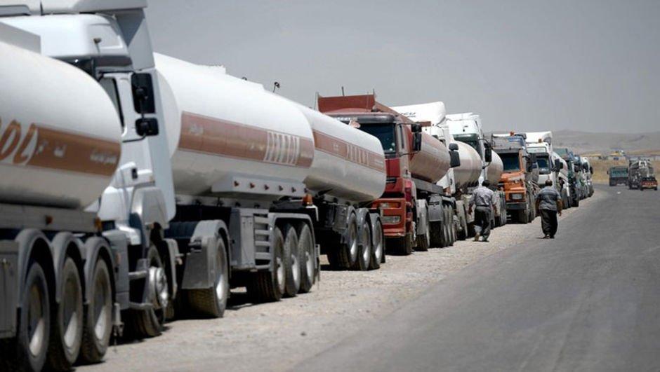 Güney Kore İran'dan petrol sevkiyatını tamamen durdurdu