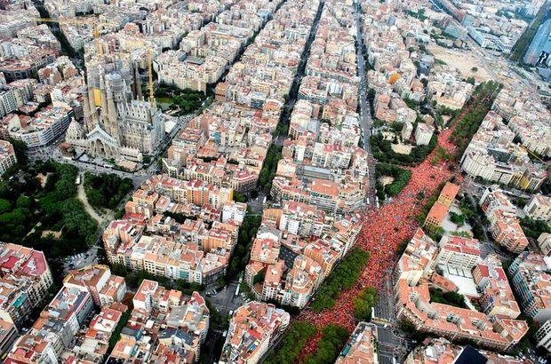 500 bin Katalan bağımsızlık için yürüdü!