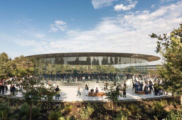 Apple iPhone Xs tanıtım canlı yayın izle