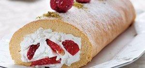 Rulo pasta tarifi: Çilekli pasta nasıl yapılır?