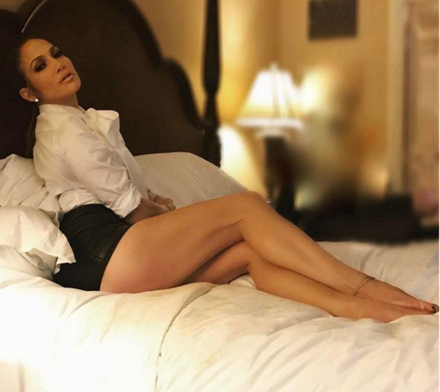 Jennifer Lopez sosyal medyayı salladı - Magazin haberleri