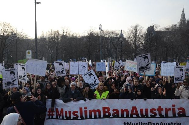 """""""Avusturya'da Müslümanları zor bir süreç bekliyor"""""""