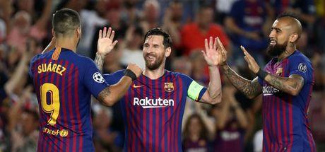 Messi, Devler Ligi'ne fırtına gibi girdi!
