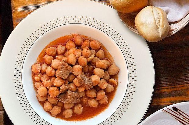 Etli nohut yemeği tarifi ve kalorisi... Düdüklüde nohut yemeği nasıl yapılır?