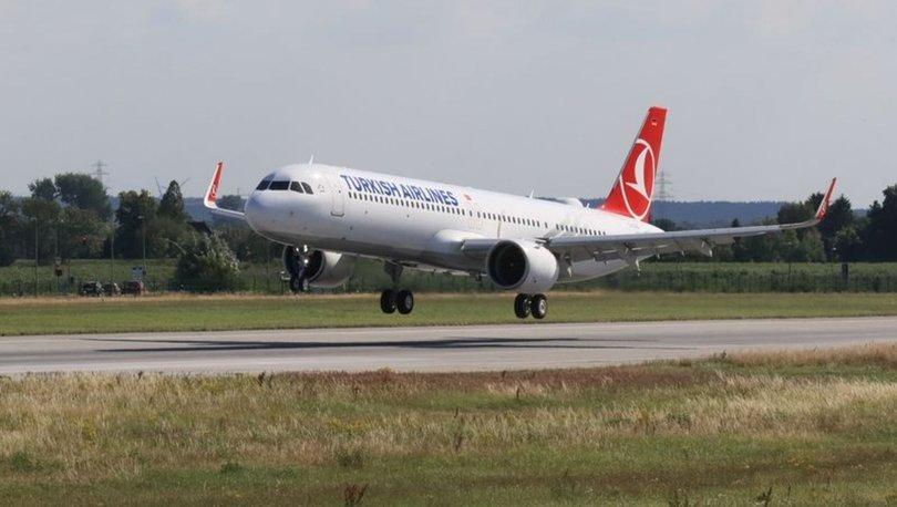 Son dakika: Yeni Havalimanı'na ilk yolcu uçağı indi!