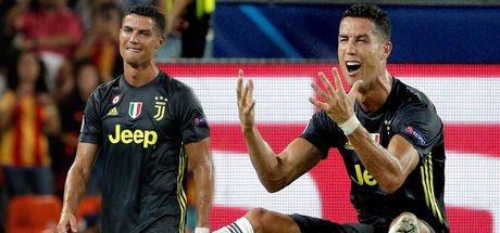 Ronaldo ilk maçında kızardı!