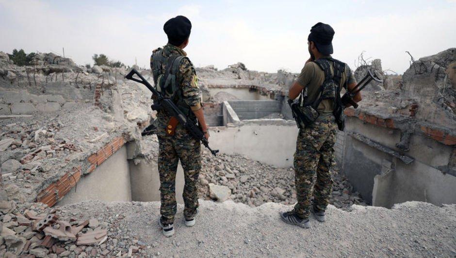ABD'den Suriye'ye 250 TIR ağır silah!
