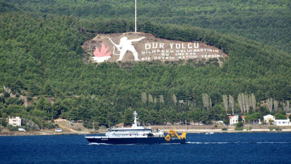 Rus gemisi, Çanakkale'den geçti! Akdeniz'e iniyor...