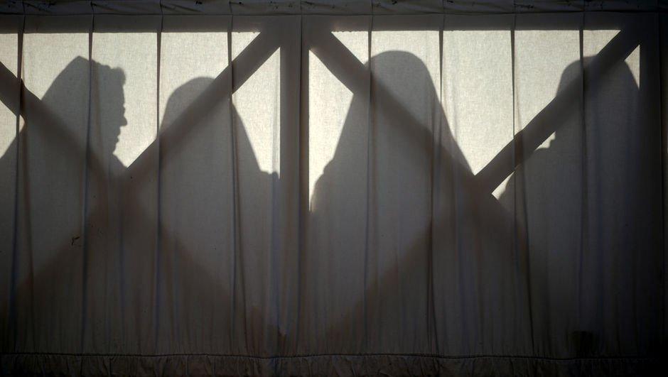 Kiliselerde cinsel taciz skandalları, intihar ve istifalar sürüyor!