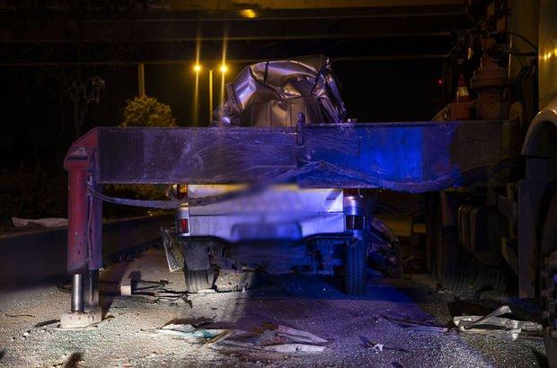 Ankara'da kamyonet vince çarptı
