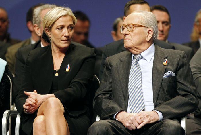 Jean–Marie le Pen ve kızı Marine Le Pen