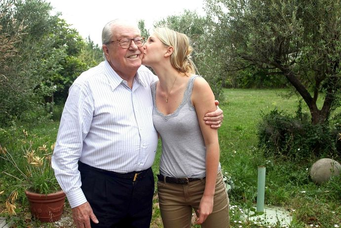 Le Pen ve torunu Marion Marechal Le Pen