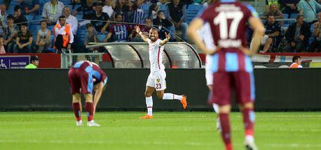 Trabzon'a şok! Penaltı kaçtı...