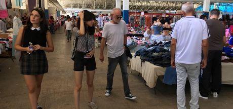 Usta yönetmen semt pazarında