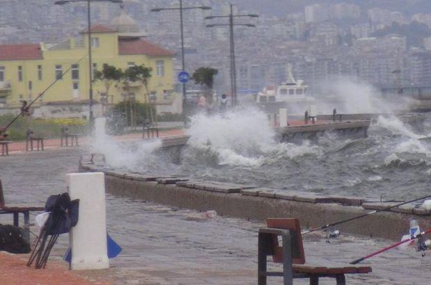 Ege Denizi'nde fırtına
