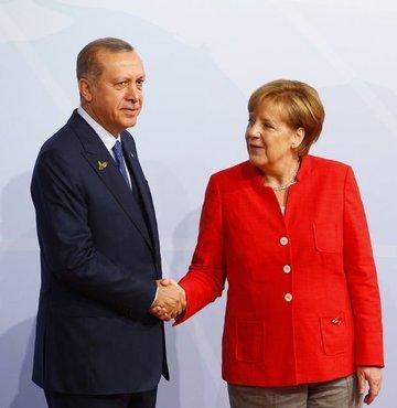 Cumhurbaşkanı Erdoğan ile Merkel'den ucu açık kahvaltı!