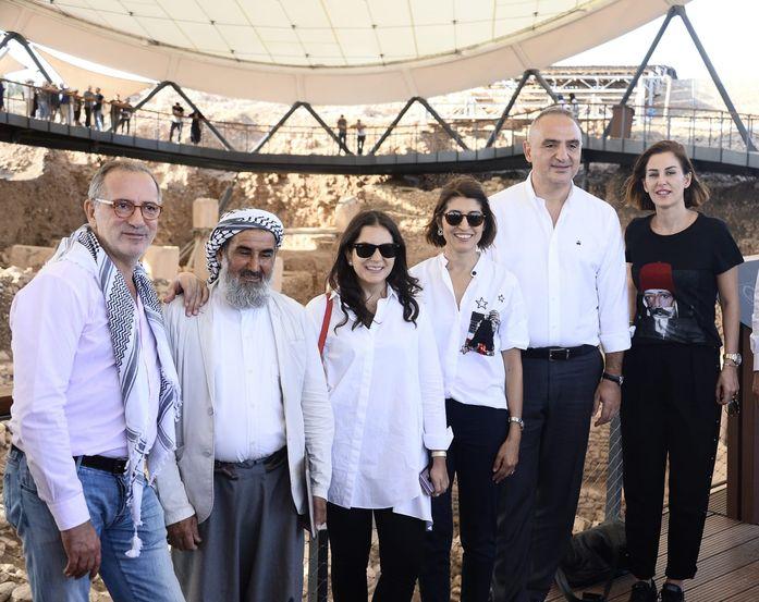 Kültür ve Turizm Bakanı Mehmet Ersoy gazetecilerle Göbeklitepe'yi gezdi.